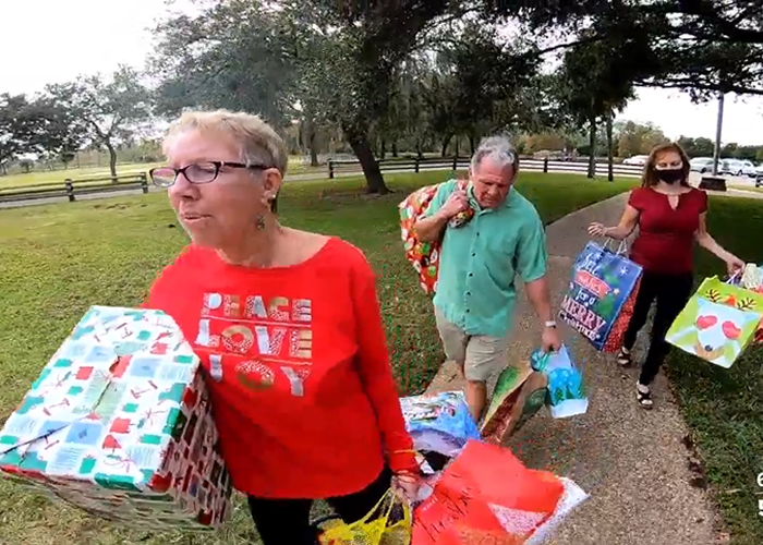 Two strangers offer to adopt a family of five for the holidays, giving them a Merry Christmas